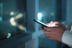 WhatsApp: como configurar mensagens automáticas para bombar as vendas