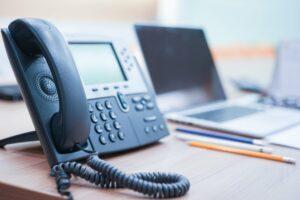 Atendimento telefônico: 4 dicas para que sua equipe faça um bom serviço