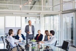 Treinamento da equipe: 7 dicas para melhorar o discurso do time de vendas